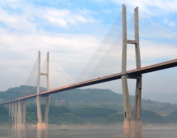 Zhongxian_Changjiang_Bridge-1024x796