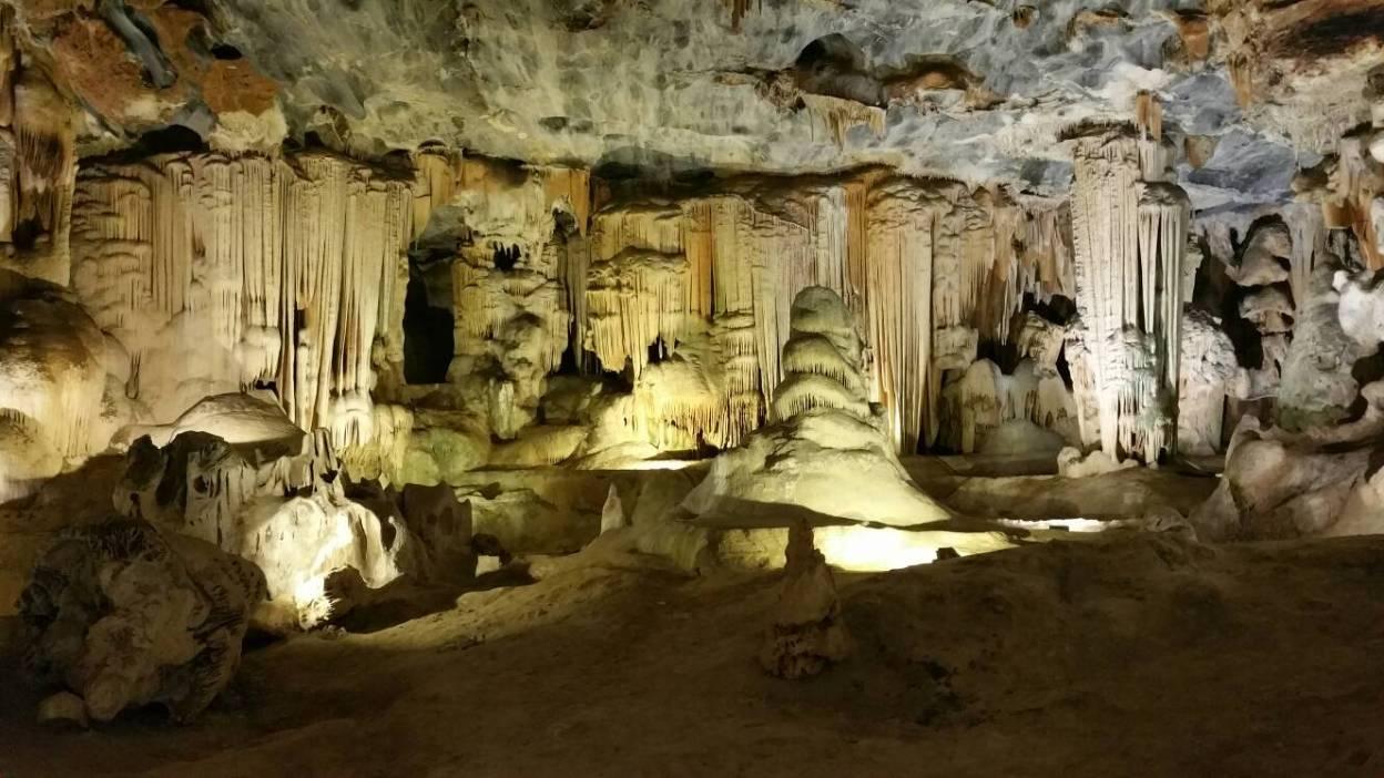 beautiful sudwala caves